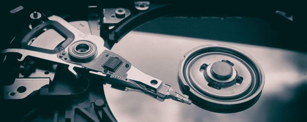 Innere einer HDD Festplatte. Data Science braucht Daten.